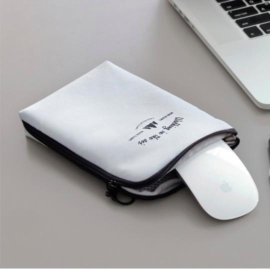 Органайзер для зарядных устройств ICONIC CABLE POUCH M светло-серый