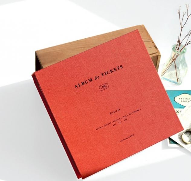 Альбом для воспоминаний Iconic Ticket in v.4 кирпичный