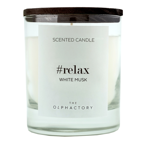 Свеча ароматическая the olphactory relax black Белый мускус 40 ч