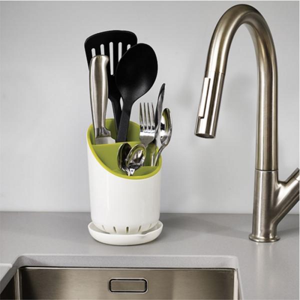 Сушилка для столовых приборов со сливом Joseph Joseph Dock™ зеленая