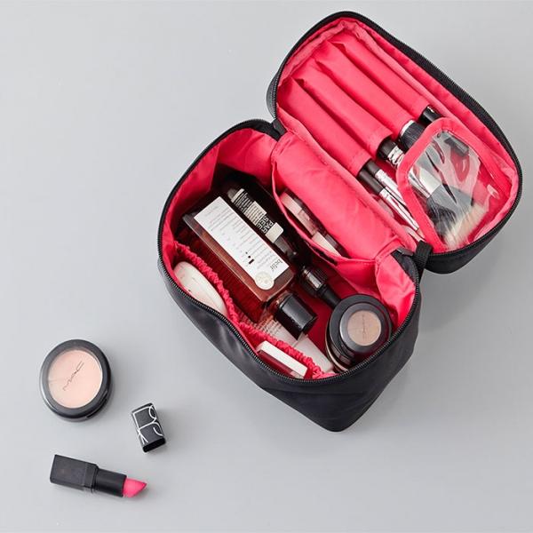 Косметичка WHOLE MAKE-UP BOX ITHINKSO черная с розовой подкладкой